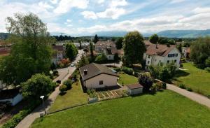 360 Grad Luftbild Panoramen sind perfekt um die Umgebung eines Eigenheims  oder einer Ferien Destination virtuell zu zeigen.